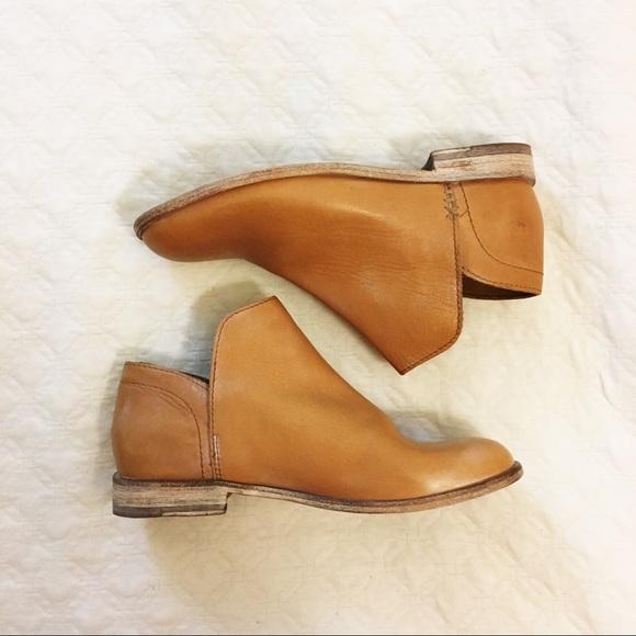 2754977301152 Frye Shoes | New Elyssa Low Bootie Leather Tan Slip On | Poshmark